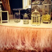 Pink-Table-Flounce