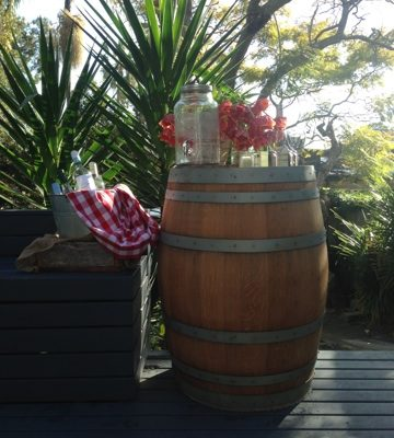 Wine-Barrel-with-Cocktail-Cooler-