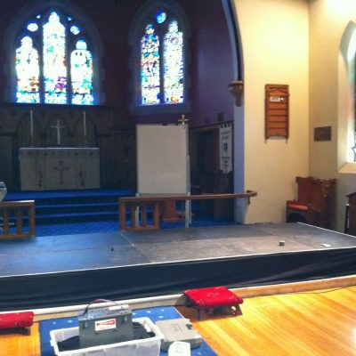 rsz_stage_at_chruch