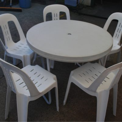 3ft Round Table Hire in Northern Beaches