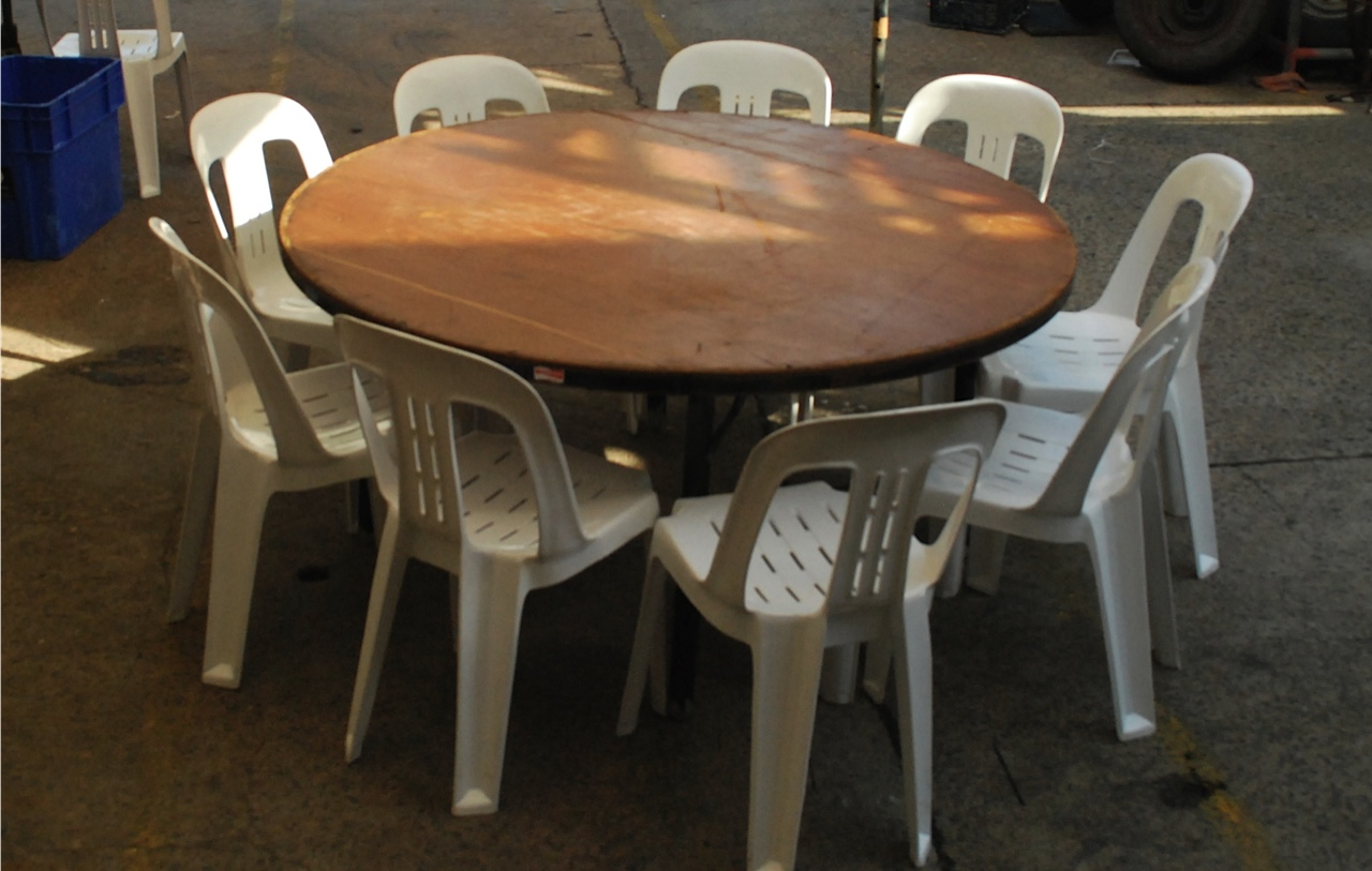 5ft Round Table Hire in Northern Beaches